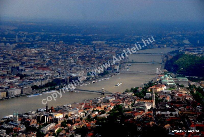 Helikopteres városnézés, 2010. május Ajándék utalvány: budapest, hidak