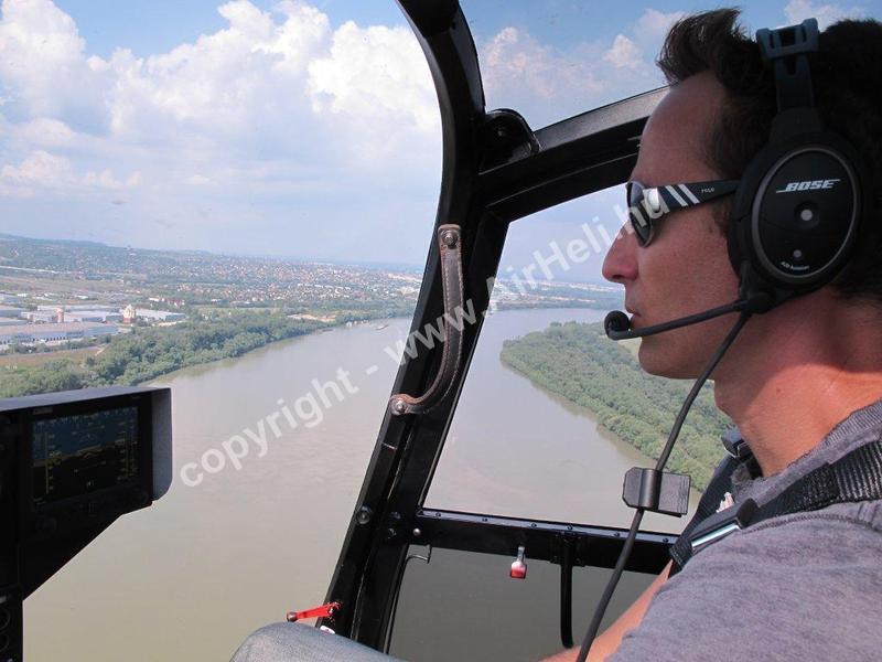 Helikopter repülés Tököl, 2012. július:
