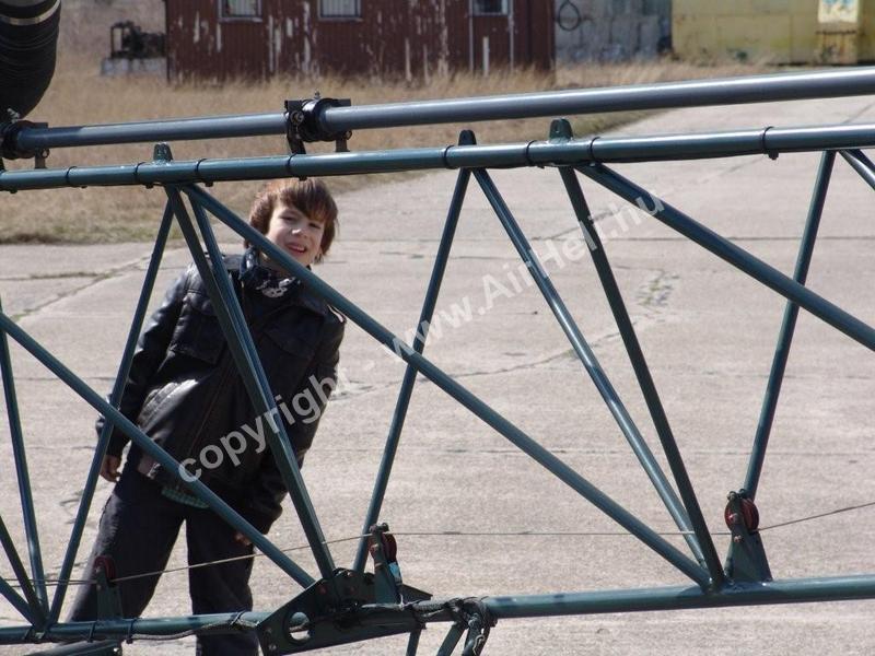 2009.03.28. Születésnap: Fülöp ellenőriz / Alouette II
