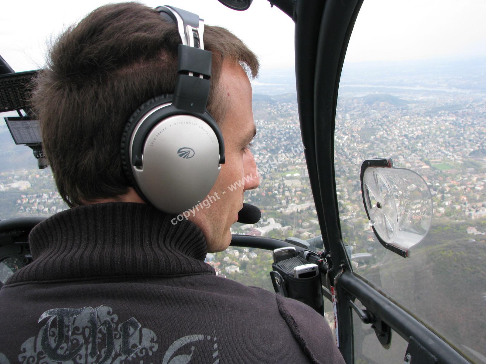 Szombati szülinapi repülés, 2010. április: helikopter pilota