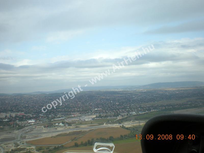 2008.09.14. Velencei-tó: A reptér felett