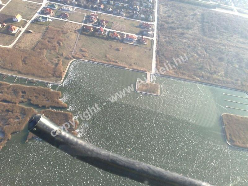 Velencei tó befagyva